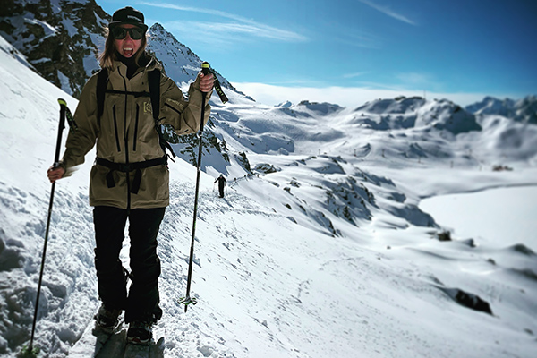 Ready to to trop in with Independent Snowboard School Verbier